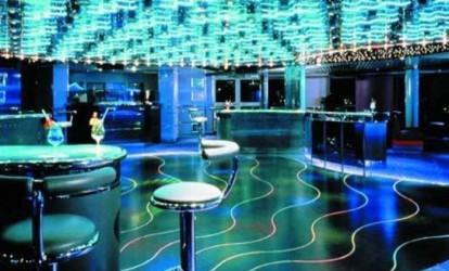 Bar-capta-energia-produzida-pela-dança-de-seus-frequentadores