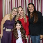 Zilda Callejon Maldonado com a filha Lara Maldonado dos Santos, Claudia Lischewski e Erika Cristina Cardoso