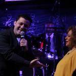 Donovan Navarro homenageou Angela cantando Barracão de Zinco