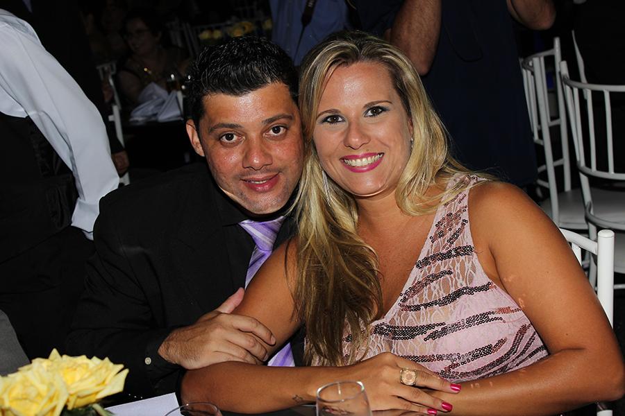 Donovan Navarro e Giovanna Daumerie