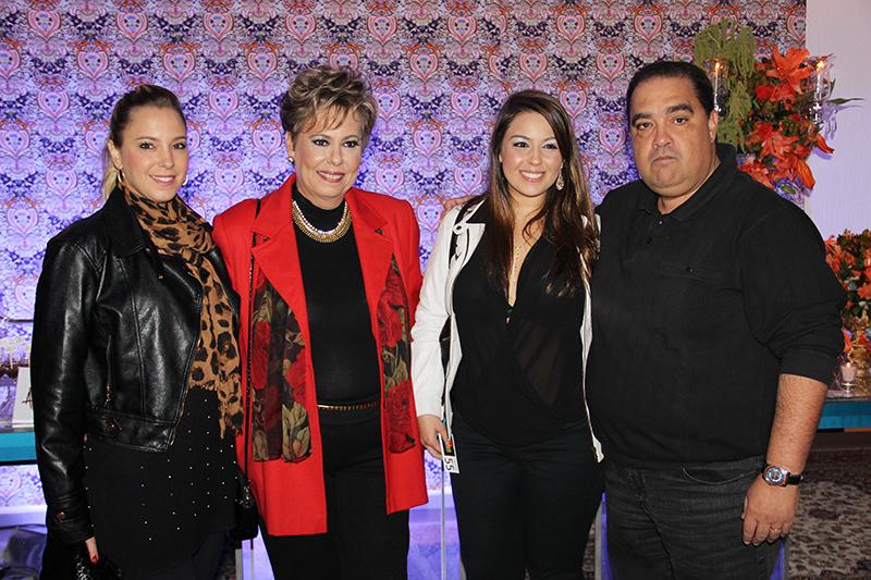 Leticia Aguiar, Silvia Aguiar, Ailton e Marilia Aguiar