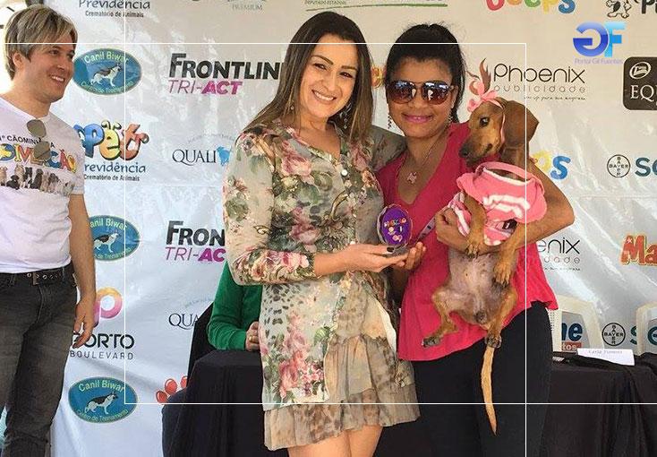 5-Melhor-Fantasia-Cão-3º-lugar-Nina-Carmem-Sousa-e-Carla-Fiamini-ok